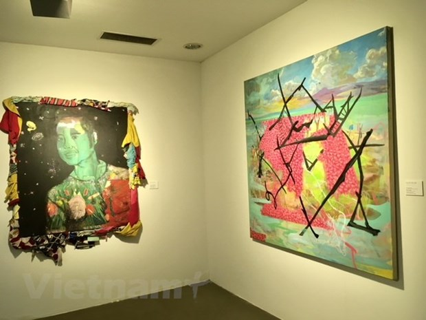 Artworks of Vietnamese, Korean artists showcased hinh anh 1