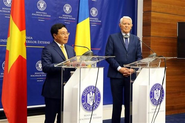 Deputy Prime Minister Pham Binh Minh visits Romania hinh anh 1