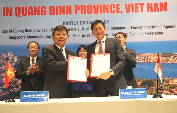 Quang Binh looks to expand links with Singaporean partners hinh anh 1