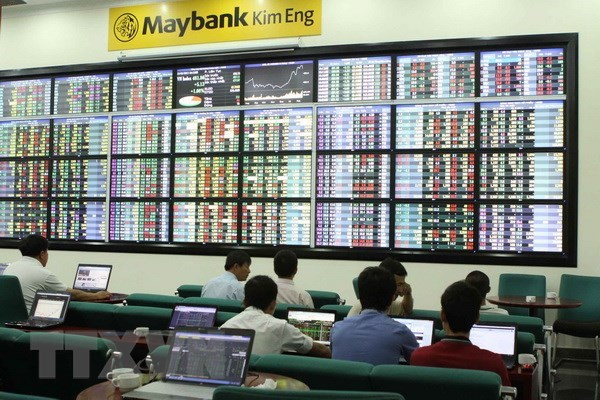 Stock market recovers on July 6 hinh anh 1