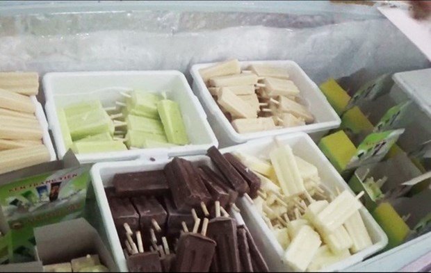 Trang Tien ice cream, a Hanoian specialty hinh anh 1