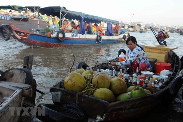 Cai Rang floating market culture festival opens in Can Tho hinh anh 1