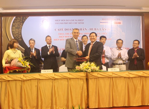 Agreement inked to boost businesses' technology transfer hinh anh 1