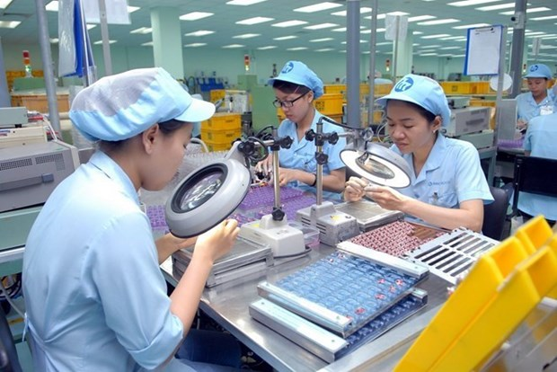 Nearly 90 percent of manufacturing-processing firms see growth in Q3 hinh anh 1