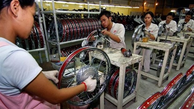Experts: Firms should prepare themselves amidst trade war hinh anh 1