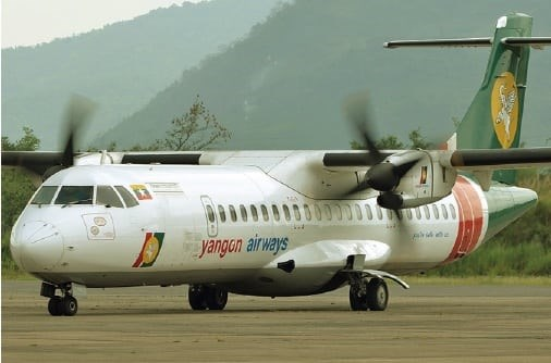 Myanmar flight makes emergency landing due to windshield crack hinh anh 1