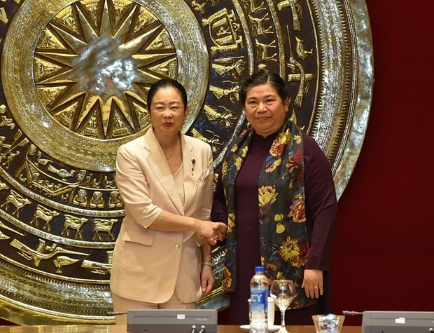 Female Japanese parliamentarians welcomed in Hanoi hinh anh 1