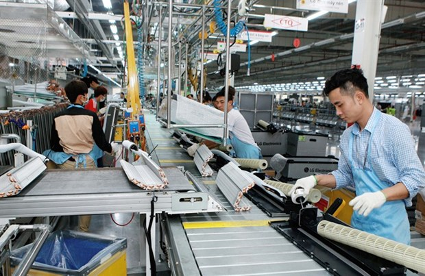 Tax, investment changes concern foreign firms hinh anh 1
