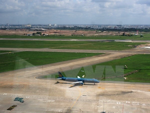 MoIT proposes airport runway upgrades hinh anh 1