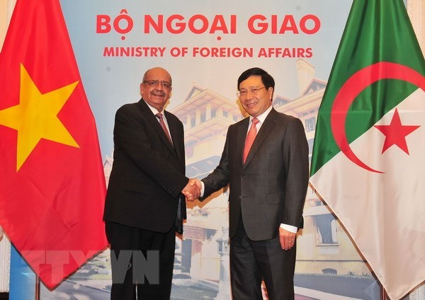 Algeria wishes to foster all-round ties with Vietnam hinh anh 1