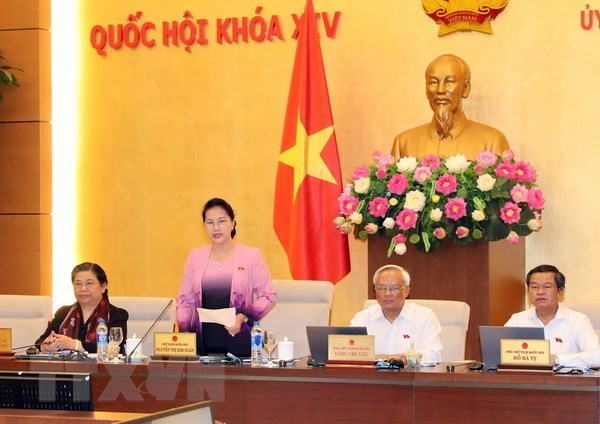 NA Standing Committee wraps up 25th session hinh anh 1