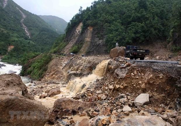 Prime Minister instructs high alert against flash floods, landslide hinh anh 1