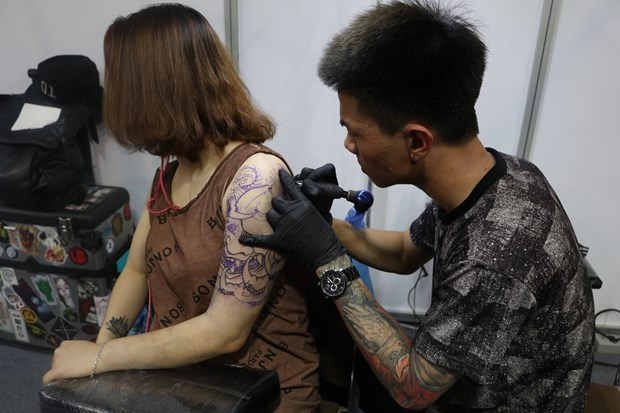 Tattoo: From taboo to popular art form hinh anh 2