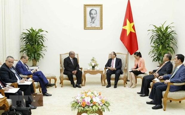 Algerian newspaper highlights FM Abdelkader Messahel's Vietnam visit hinh anh 1