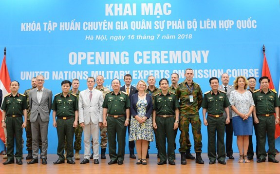 Training course on UN peace-keeping mission launched hinh anh 1