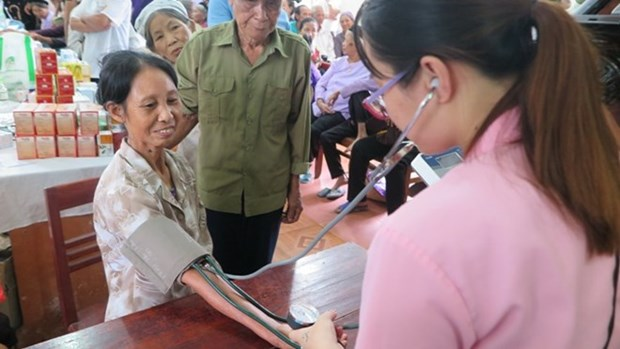 Phu Tho: About 3,340 people receive free heart health screenings hinh anh 1