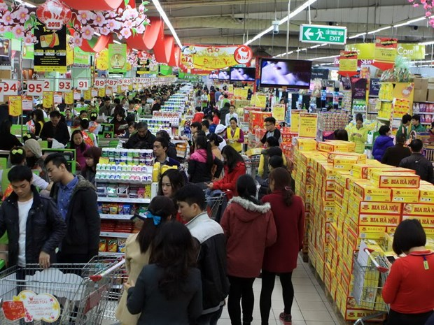 Vietnamese firms advised to embrace links with foreign retailers hinh anh 1