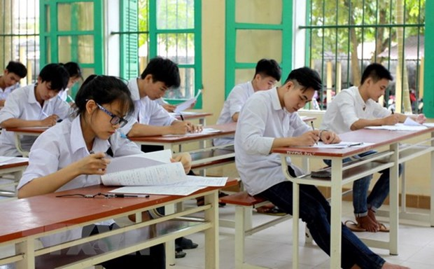 Vietnam expands inquiry into high school exam cheating hinh anh 1