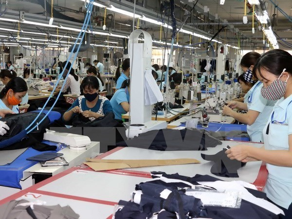 Impacts of US-China trade war on Vietnam's garment, footwear industries hinh anh 1