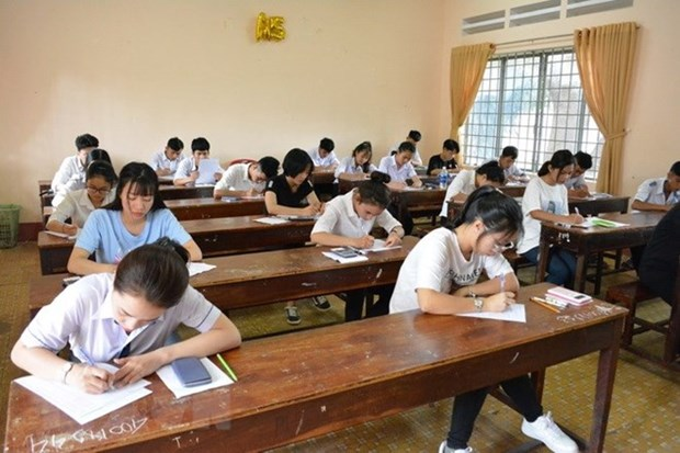 Ha Giang police begin criminal proceedings against exam cheating scandal hinh anh 1