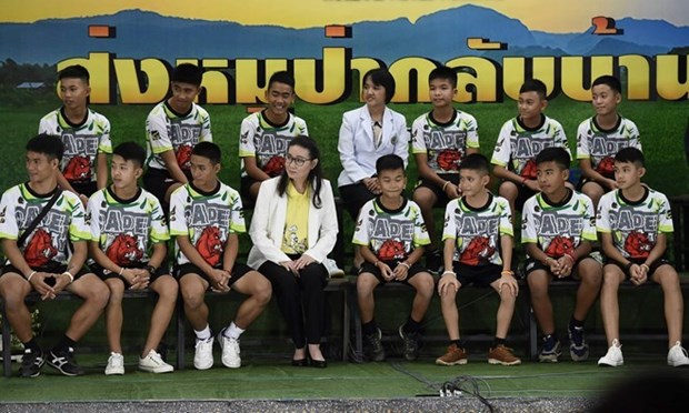 Thailand to control making of movies about football team rescue hinh anh 1