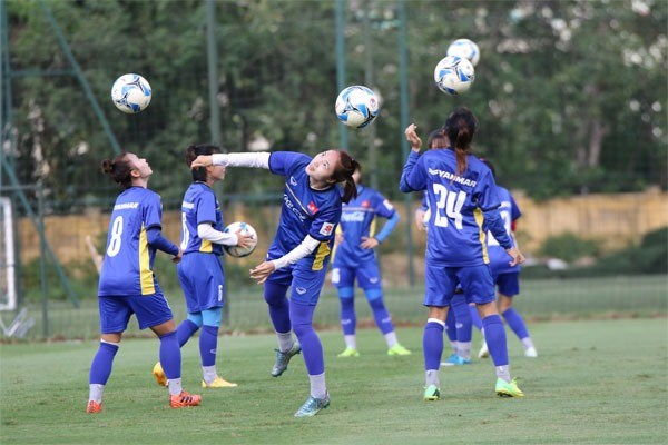 National women football team prepares for ASIAD 2018 hinh anh 1