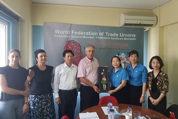 Vietnam Confederation of Labour delegation visits Greece hinh anh 1