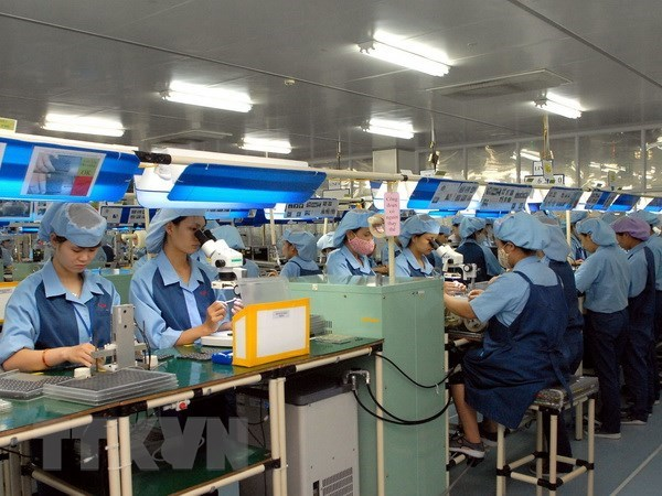 Foreign media lauds Vietnam's economic growth hinh anh 1
