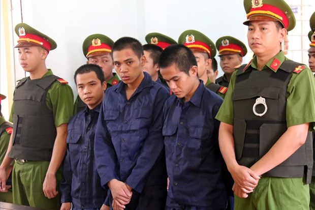 Binh Thuan sentences 10 men to prison for social disturbance hinh anh 1