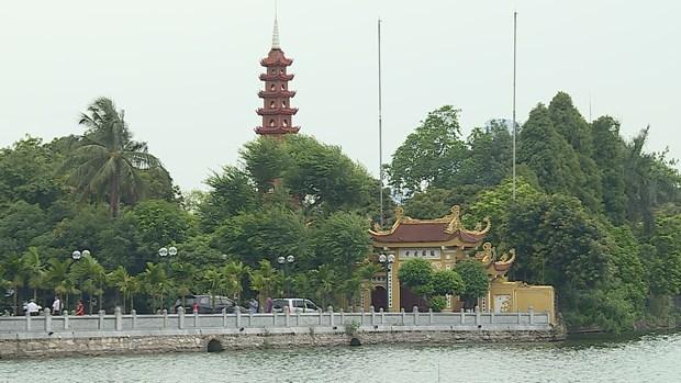 Tran Quoc pagoda - Hanoi tourist attraction hinh anh 2