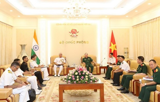 Vietnamese, Indian naval forces asked to foster cooperation in shipbuilding hinh anh 1