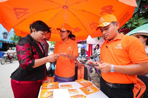 Viettel signs up 2m subscribers in Myanmar within one month hinh anh 1