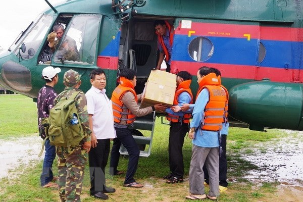 Military Region 5 asks units to join rescue efforts in Laos hinh anh 1