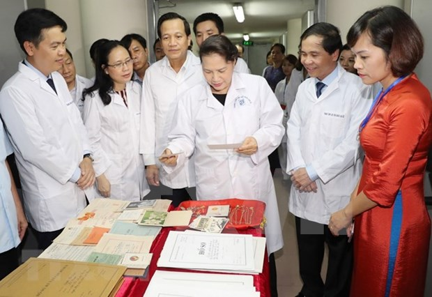 NA Chairwoman visits National Archives Centre hinh anh 1