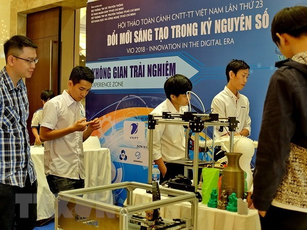 Vietnam ICT Outlook 2018 discusses digital transformation hinh anh 1