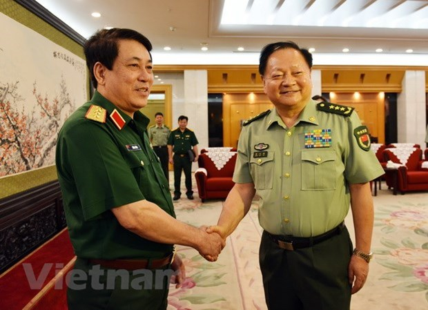 Vietnam and China to strengthen defence ties hinh anh 1