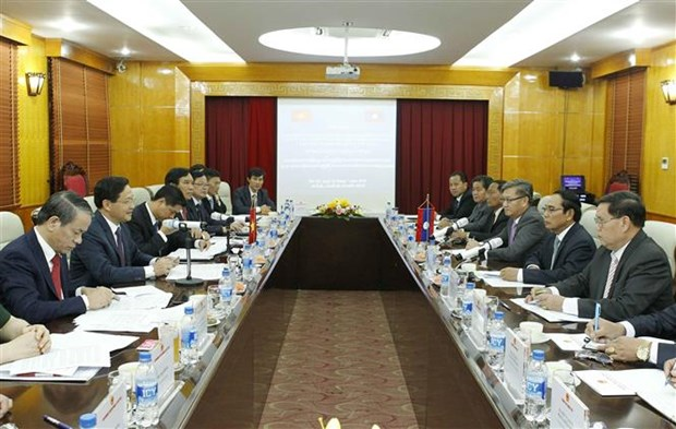 Vietnam, Laos intensify cooperation in inspection work hinh anh 1