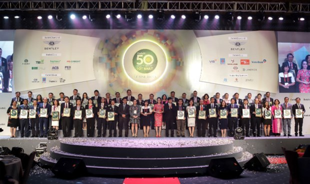 Forbes Vietnam honours top 50 listed firms hinh anh 1