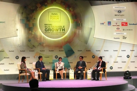 Forbes Vietnam Business Forum: economy could grow by 6.8 pct hinh anh 1