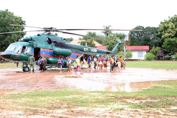 Vietnam continues aid to victims of Lao dam collapse hinh anh 1