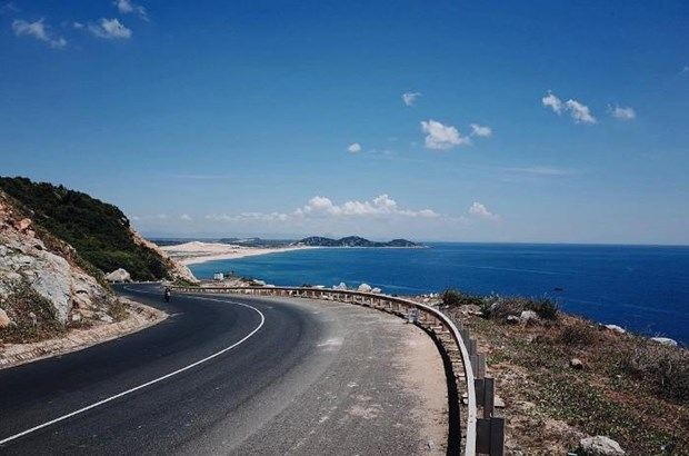 Coast road named among Asia's best by Tripsavvy hinh anh 1