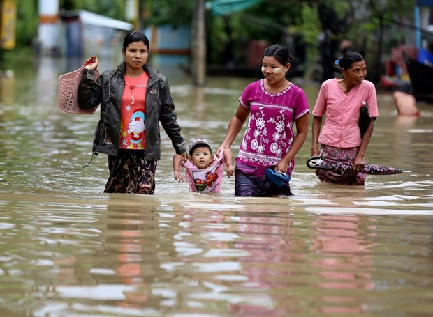Floods leave five dead, 54,000 displaced in Myanmar hinh anh 1
