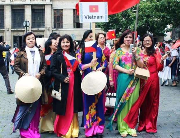Vietnam joins Asia cultural festival in Slovakia hinh anh 1