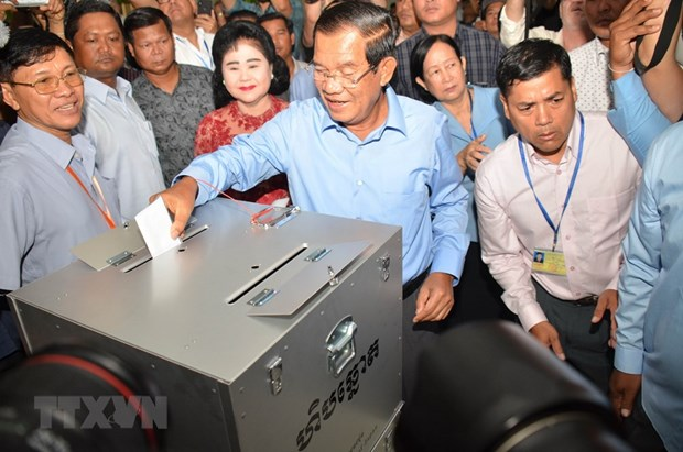 Vietnam congratulates Cambodia on successful election hinh anh 1