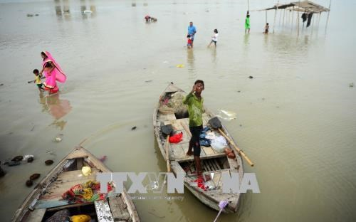Vietnam extends sympathy to India over floods hinh anh 1