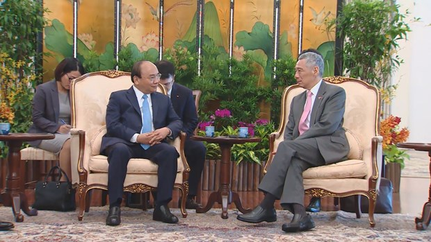 Vietnam, Singapore continue to explore new areas of cooperation hinh anh 2