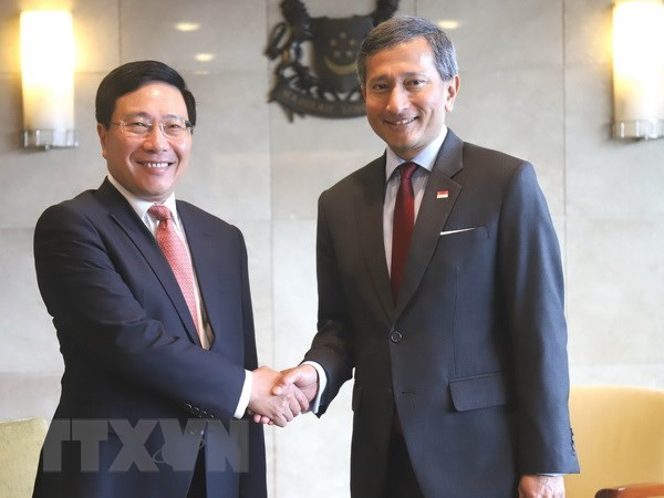 Vietnam, Singapore see strong all-round growth in strategic partnership hinh anh 1