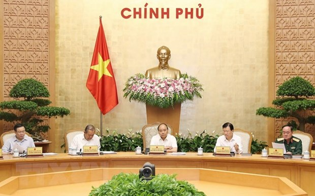 Driving forces for economic growth need to be upheld: PM hinh anh 1