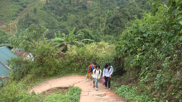Education efforts paid off in mountainous district hinh anh 1
