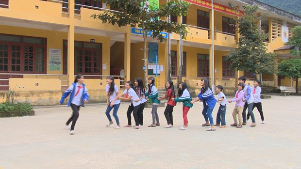 Education efforts paid off in mountainous district hinh anh 2